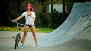 SE Bikes Retro, le BMX avec Kayla Ann