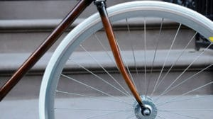 Rob's Woodgrain bike frames, vélo en simili-bois