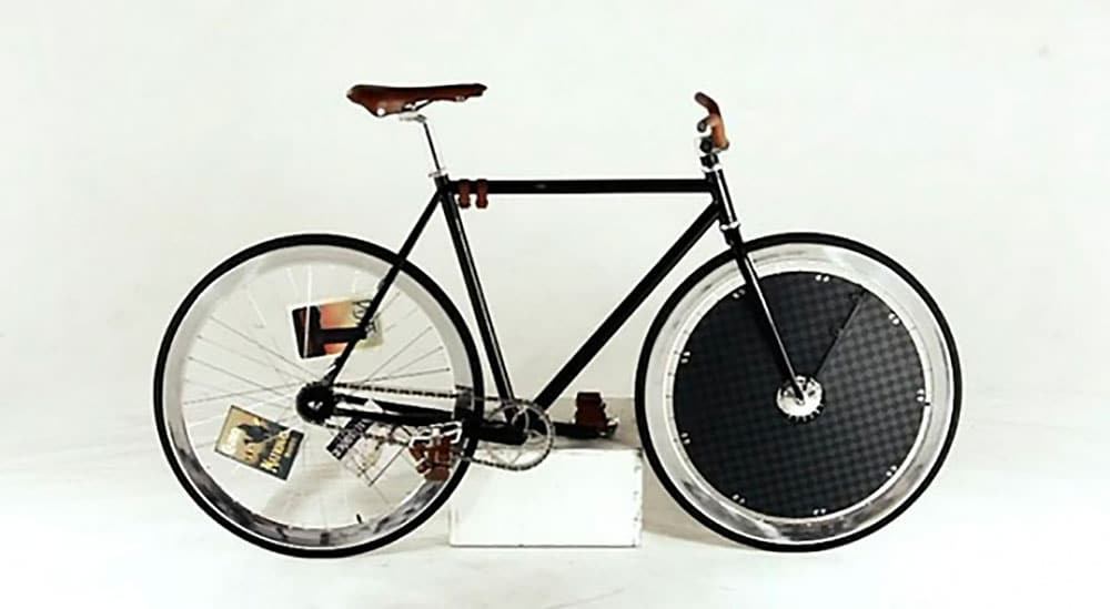 La marque Louis Vuitton se met au bike polo !