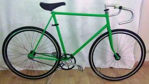 Fixie vert sur base d'un Jacques Anquetil des année 70