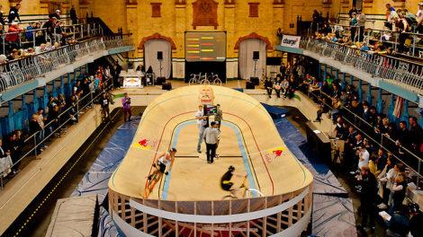 Un mini-vélodrome débarque à Paris le 10 décembre 2011