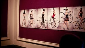 Fix Up le beau calendrier des Pin Up 2012