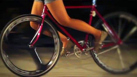 Vidéo Cute Fixed Gear Girls, Valentine's Gift