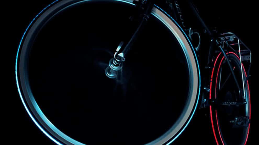 Cyglo donne l'effet Tron à votre vélo !