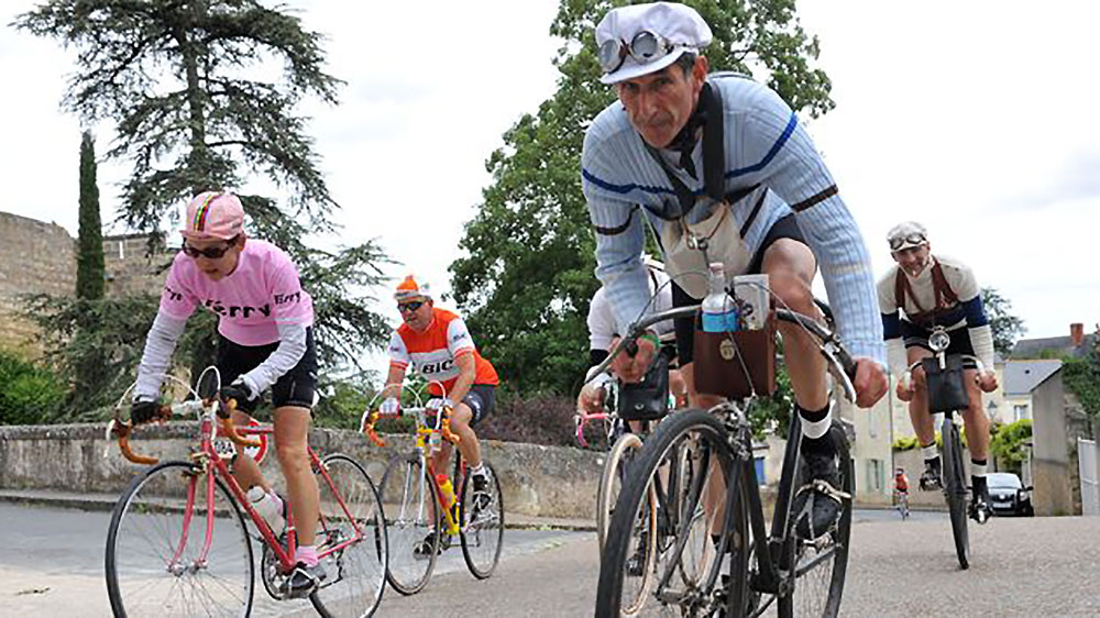 Plus que 200 places pour participer à l'Anjou Vélo Vintage !
