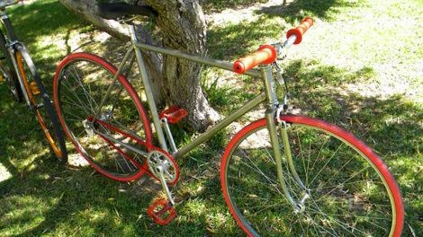 Singlespeed Peugeot vert anis des années 70