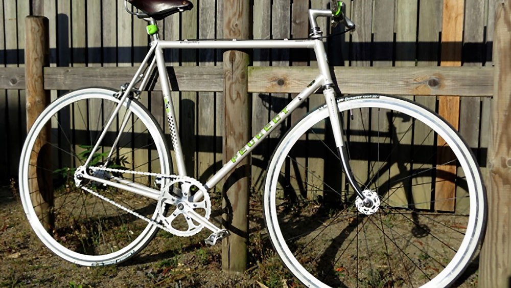 Conversion d'un Peugeot PKN-10 Compétition en singlespeed