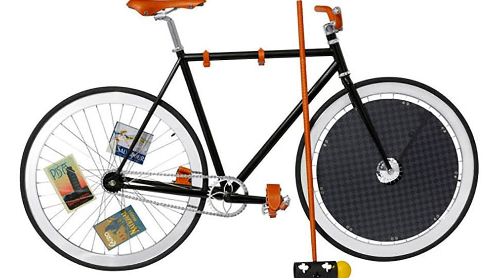 Louis Vuitton et le bike polo, Craftsmen on wheels