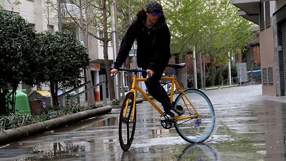Yellow summer avec Guillem Serna et Polo & bike
