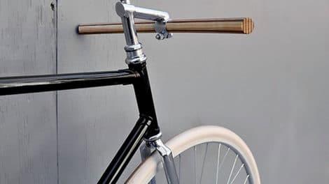 Les cintres en bois, la tendance écolo design