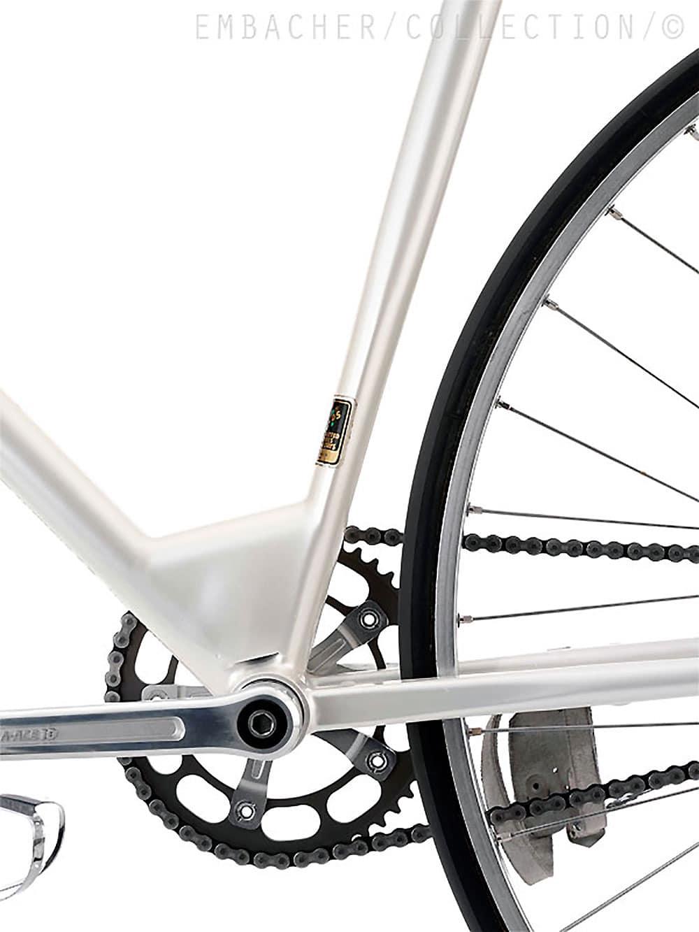 Découvrez le pignon fixe ou fixie contre la montre Inbike / Textima