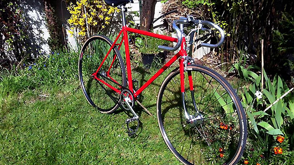 Vélo classique pignon fixe Peugeot rouge