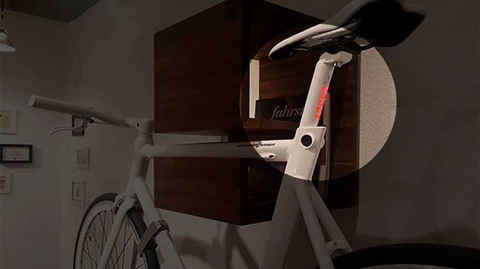 LightSkin, la tige de selle utile et design avec éclairage intégré