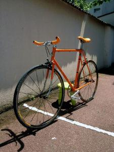 Métro, boulot, vélo urbain, singlespeed Motobecane