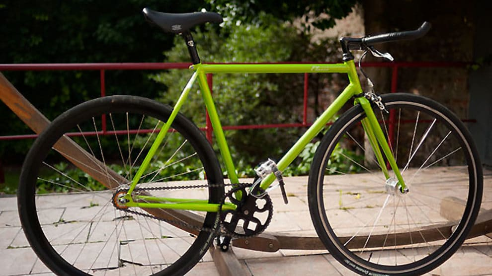 Vélo fixie pignon fixe made in Lille vert flashy