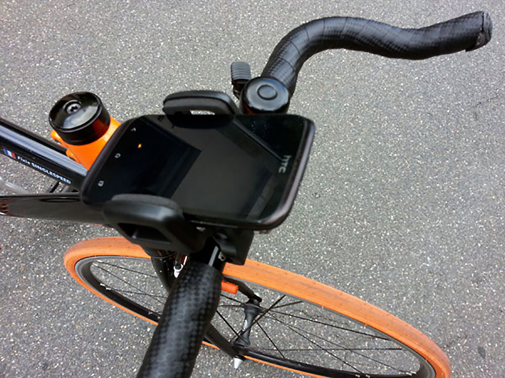 Neo Phone le porte téléphone adapté à tous les vélos
