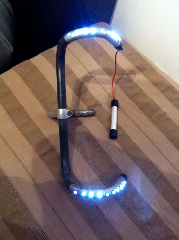 Aurelien nous présente son cintre de vélo lumineux !