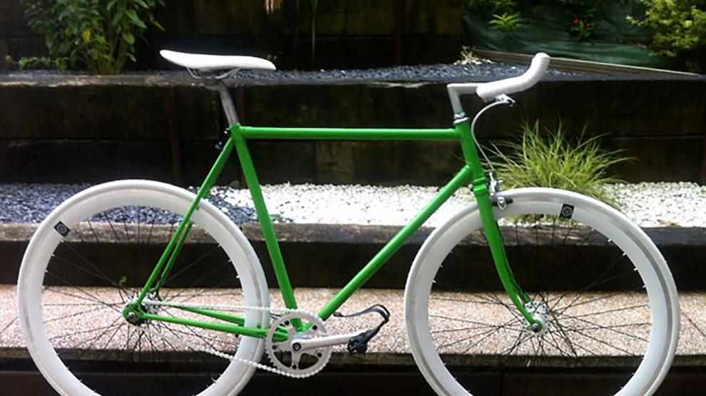 Singlespeed vert sur base d'un vélo de course Gitane