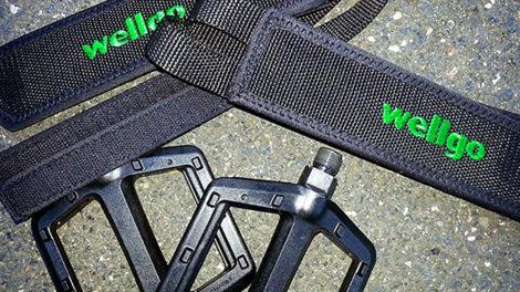 Un kit disponible avec les pédales et les straps pour votre vélo !