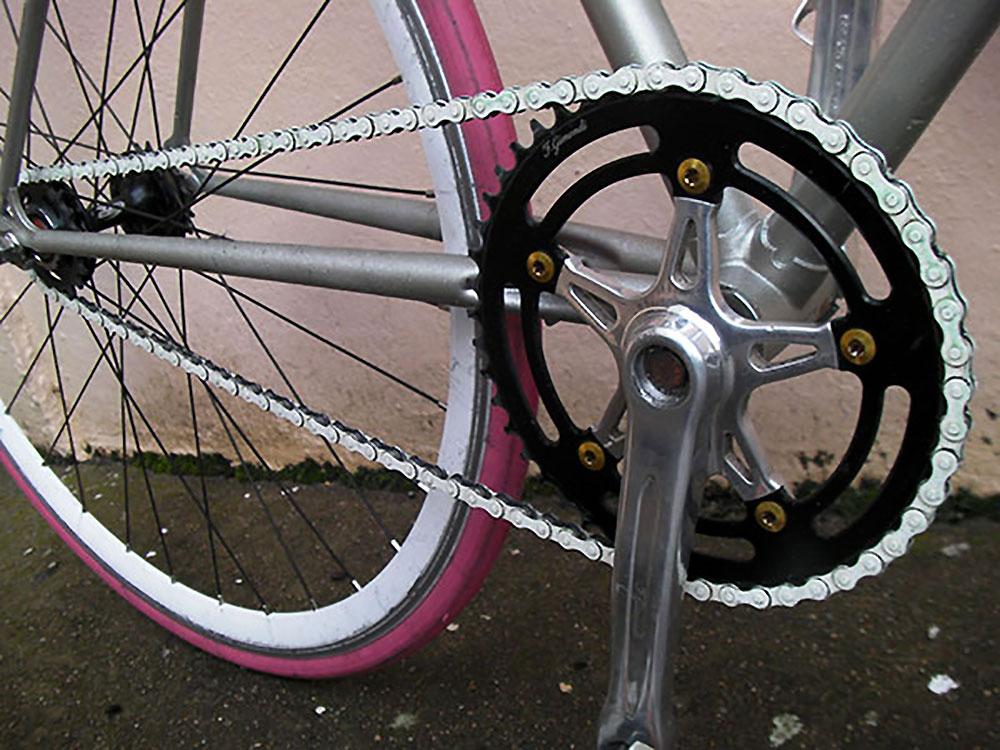 Voilà ce que donne un vélo pour sa copine !