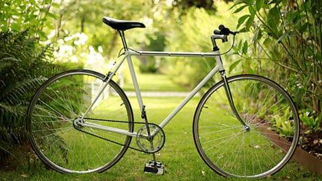 Vélo type singlespeed vintage couleur créme !