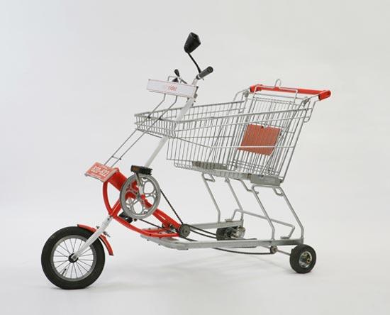 Un caddie transformé en tricycle