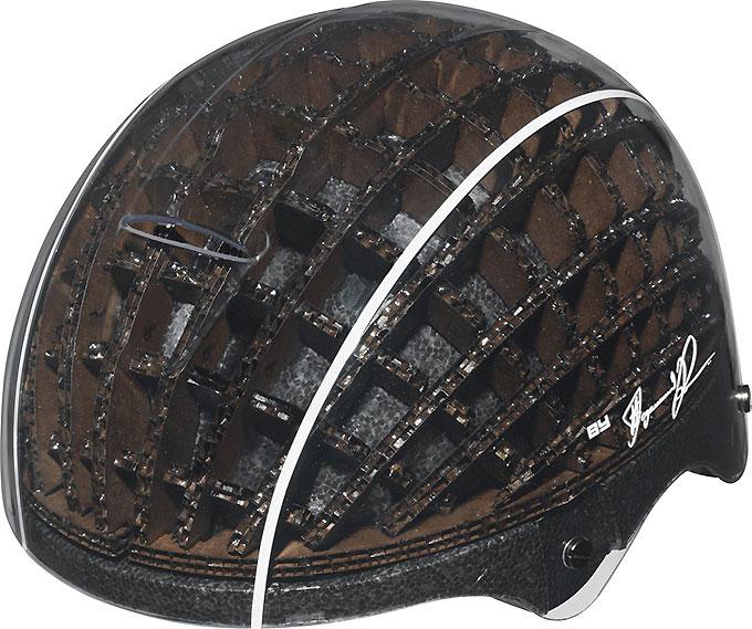 Le casque en carton Abus Kranium !