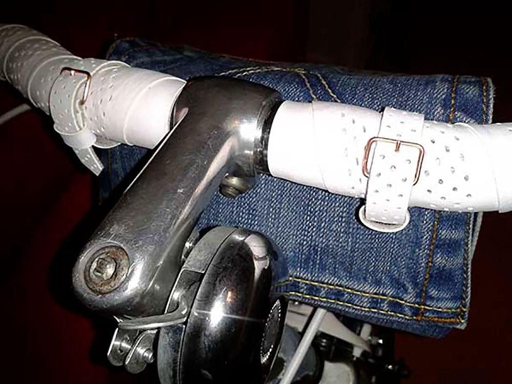 Un vélo singlespeed habillé de tissu en jean pour fille !