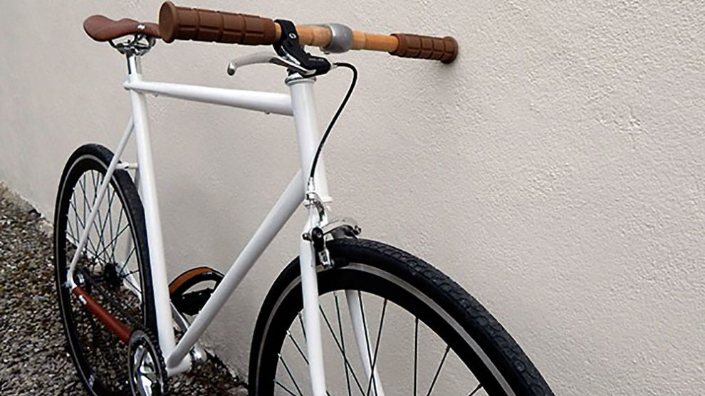Vieux vélo de course MBK devenu un fixie moderne !