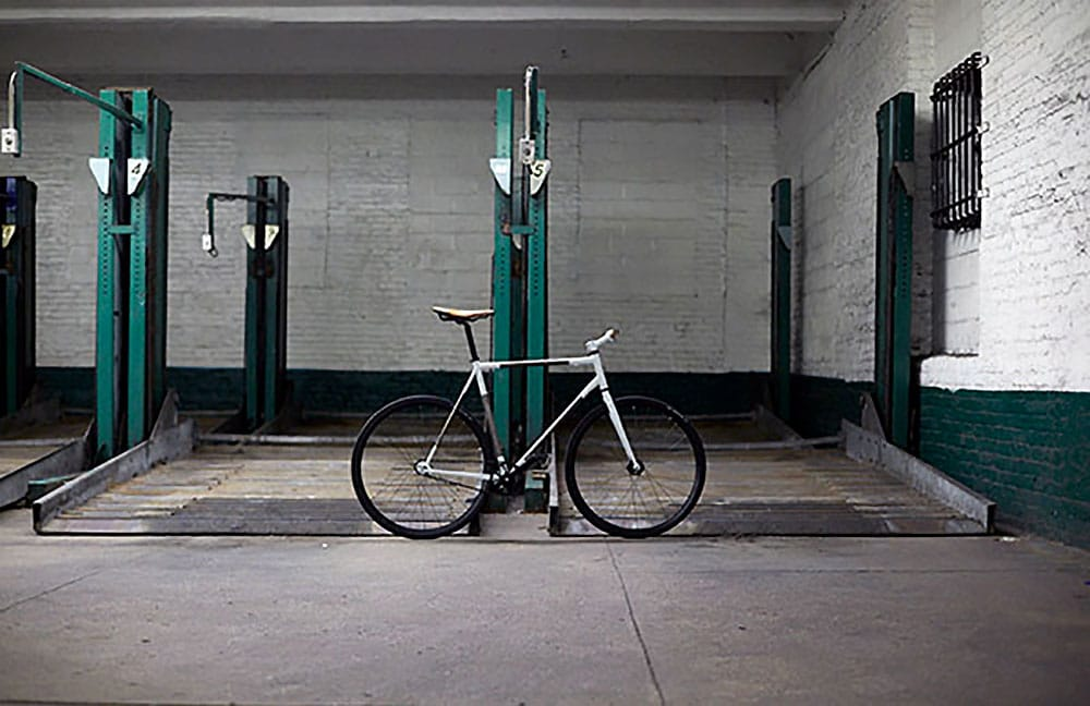 Vélo fixie pignon fixe Trophy Bike par le studio Rapt Studio