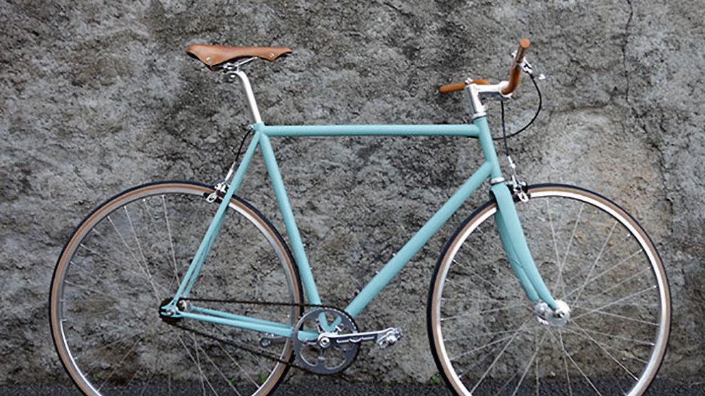 Conversion d'un cadre de vélo de route par Victoire et Basement
