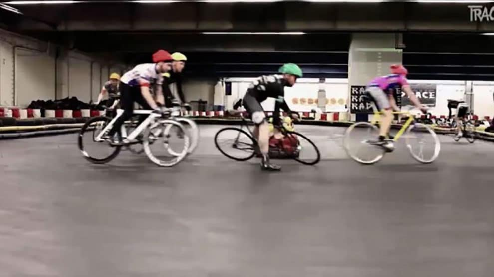 Rad Race, des courses de vélo en mode ultra extrême