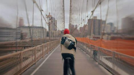 Découvrez le quartier de Brooklyn en 3000 photos et à vélo