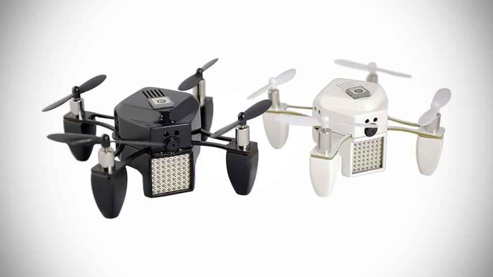 Zano, le nano drone qui est capable de vous suivre