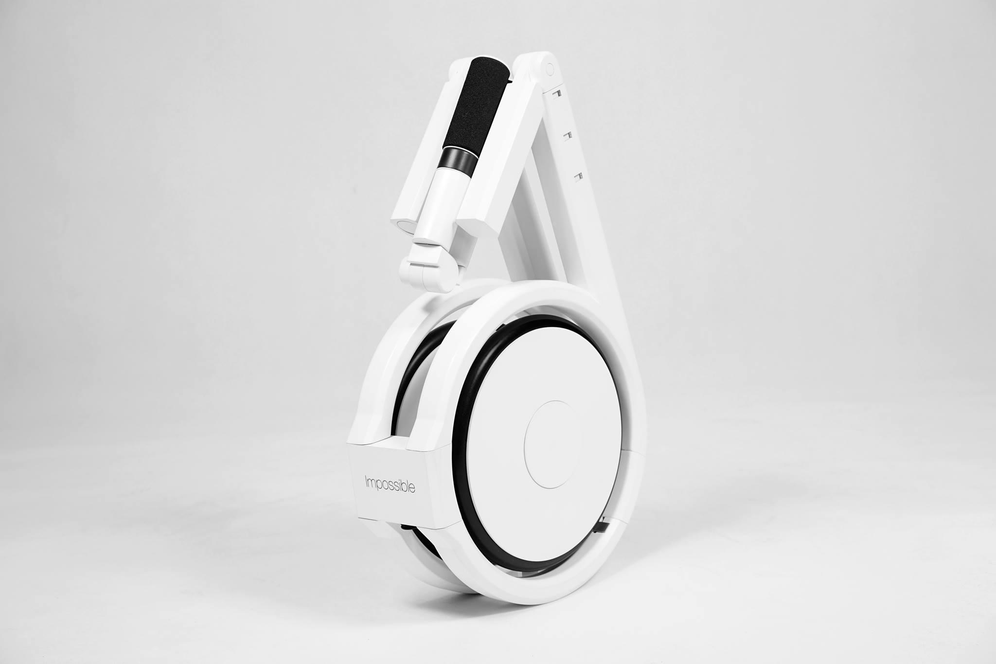 Impossible, le vélo électrique qui tient dans un sac à dos