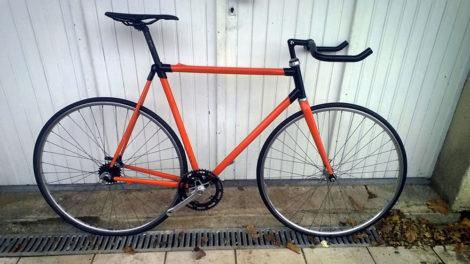 Montage d'un vélo à pignon fixe Vitamine C Look KG 281