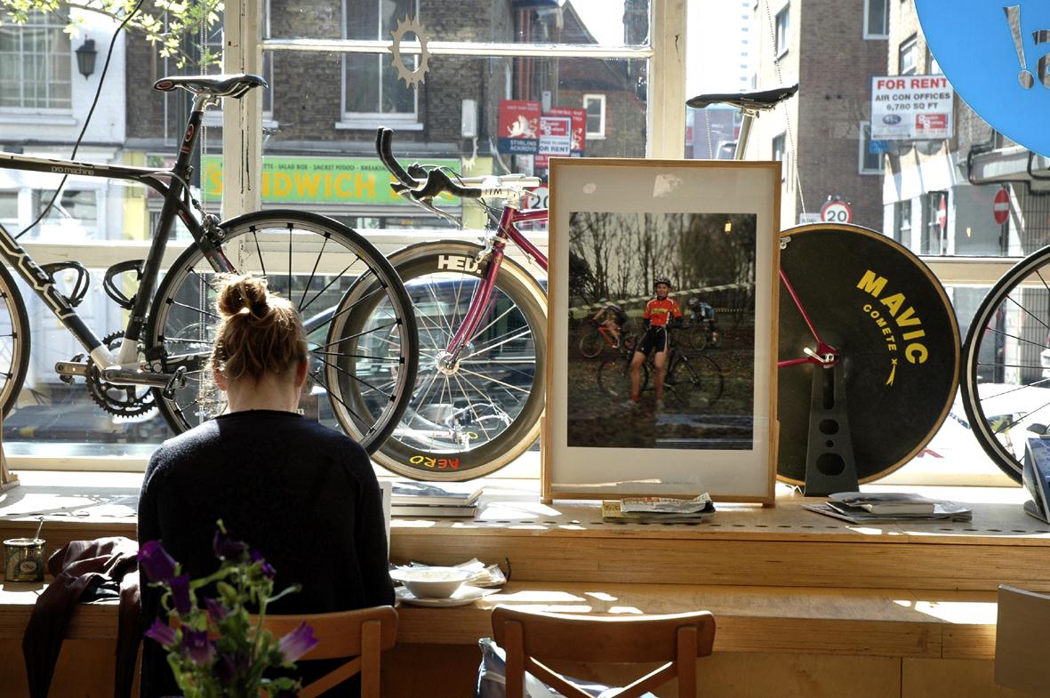 Faire réparer son vélo en savourant un expresso à Londres