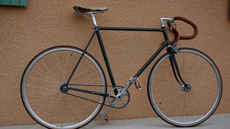 Vélo pignon fixe sobre et élégant de chez Cycles Marchi