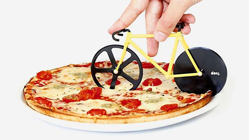 Coupe pizza Doiy en forme de vélo fixie ou singlespeed !