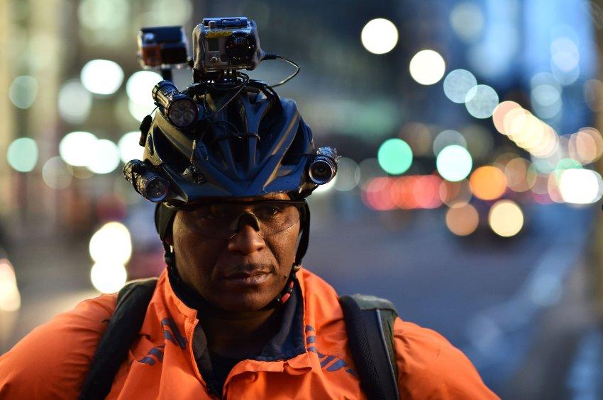 Des justiciers cyclistes traquent les chauffards à Londres