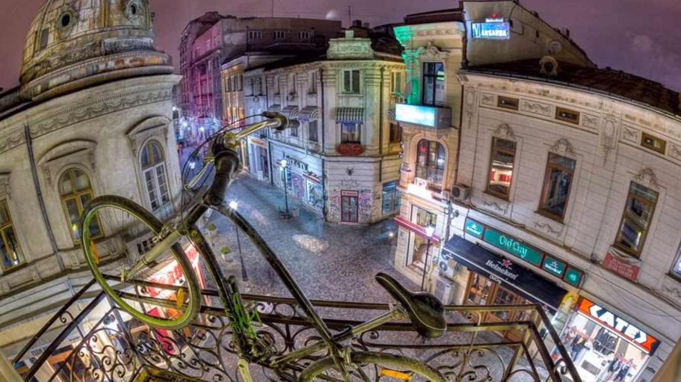 Un bar à Bucarest entièrement consacré à la bicyclette