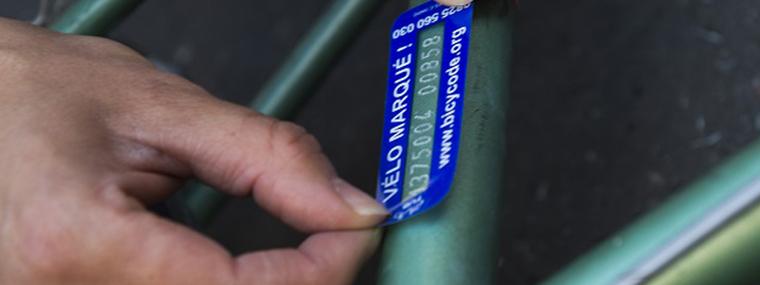 Le marquage de vélo pour éviter les vols