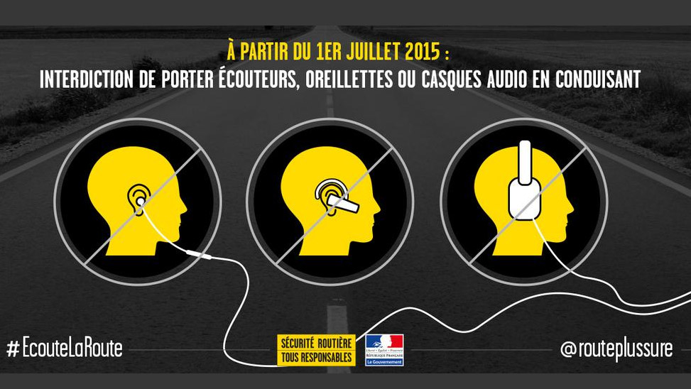 Les écouteurs et casques audio interdits à vélo !