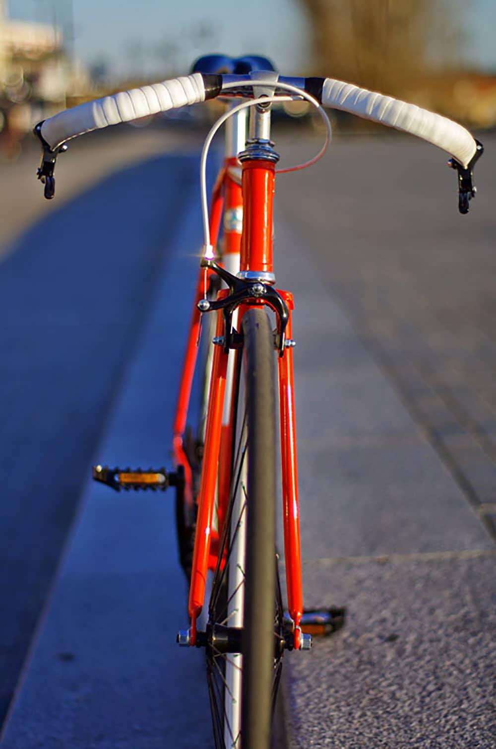 Montage d'un vélo singlespeed bordelais sur la base d'un Luis Ocana