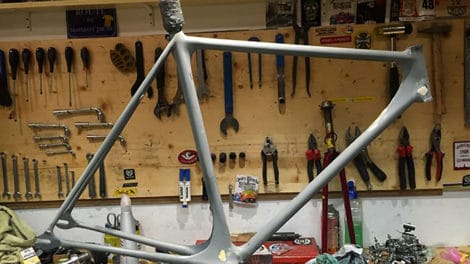Réalisation du légendaire et superbe cadre vélo Cinelli Laser