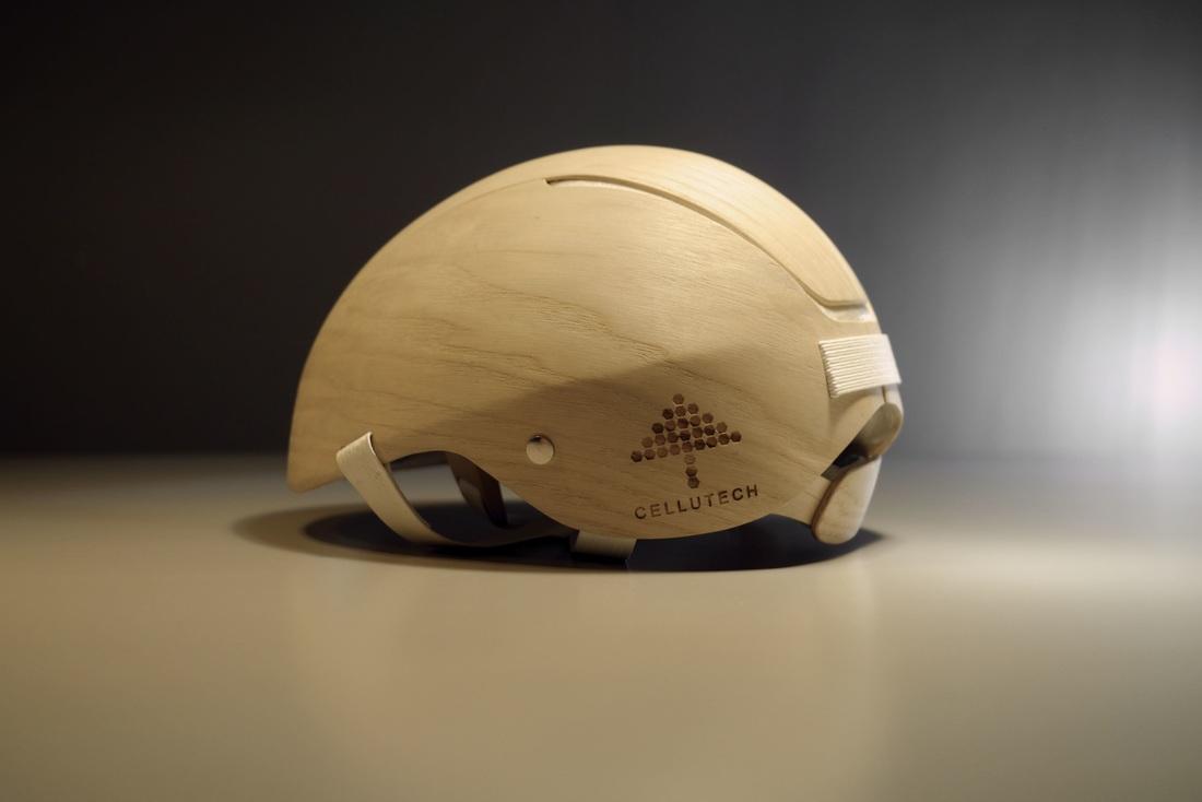 Après le casque en carton, le casque en bois !