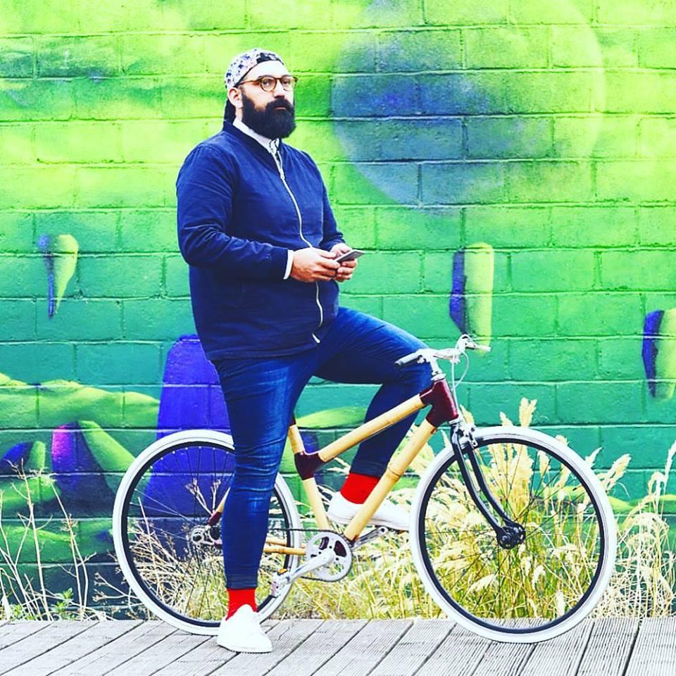Bamboocyclette un vélo urbain avec cadre en bambou