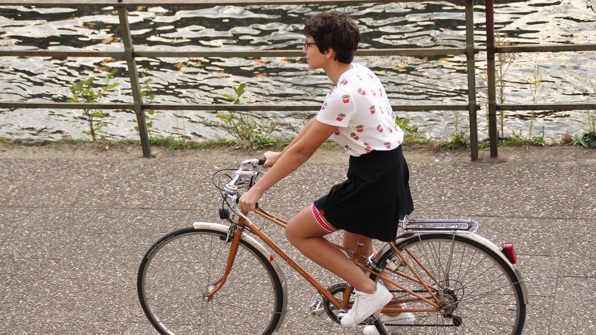 La jart'elle, le nouvel accessoire glamour pour les fille à vélo