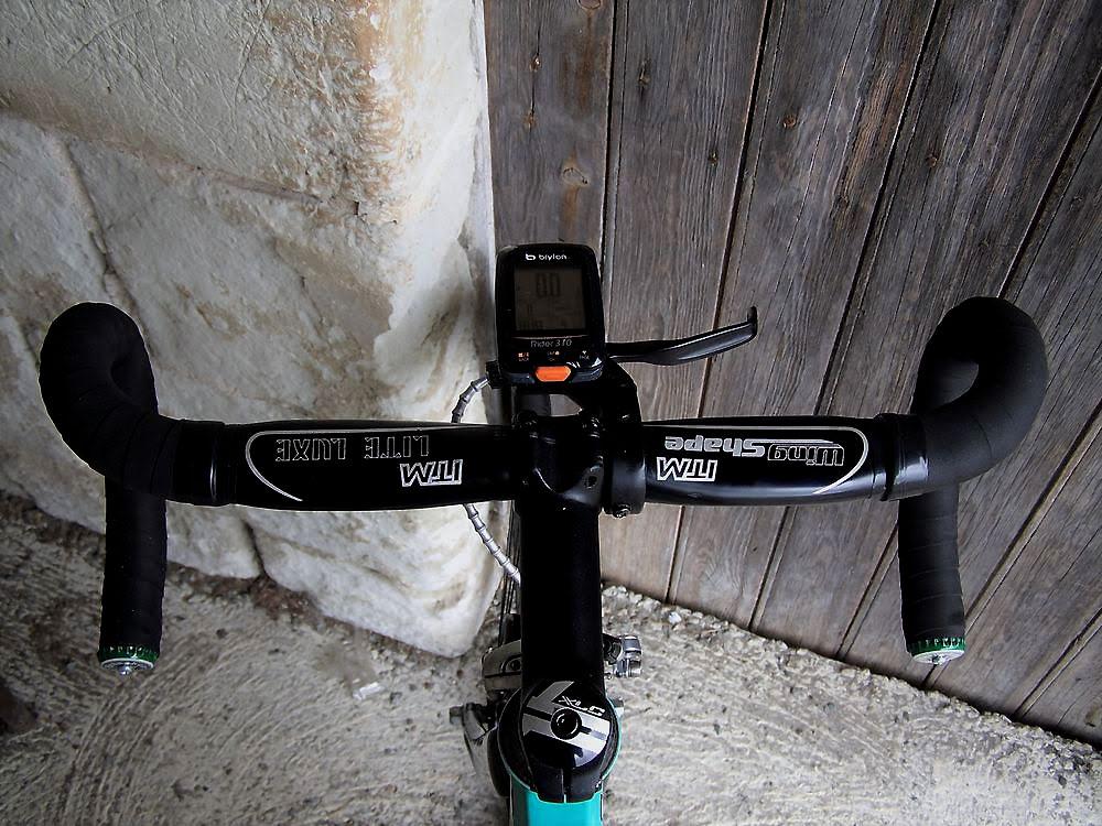 Vélo fixie d'un internaute sur la base d'un cadre Bianchi