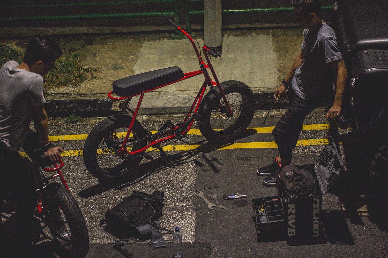 Le Buzzraw de Coast Cycles une vélo à l'allure de petite moto